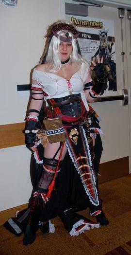cosplay!!!!!!!! GenCon2010-LoraWitchCosplay